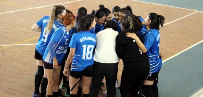 Kızıltepe Spor Lisesi Kadın Hentbol Takımı 27-26 Galip