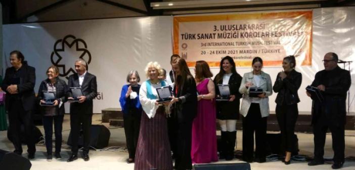 Mardin'de Sanat Müziği Korolar Festivali'nde Nilüfer Kadın Korosu sahne aldı