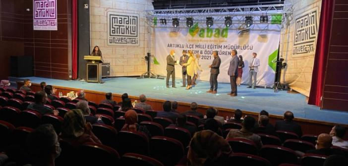 """""""ABAD"""" Porjesi'nin Lansmanı Yapıldı, başarılı eğitimciler ödüllendirildi"""