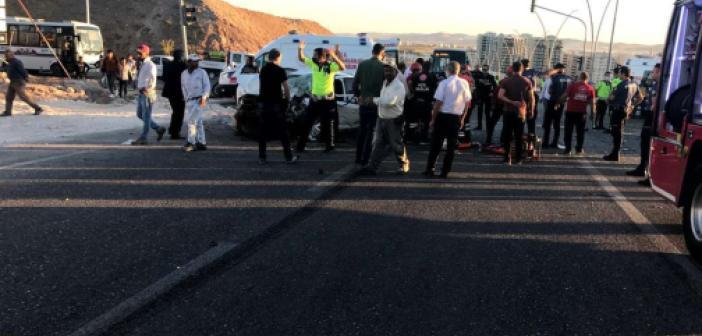 Şanlıurfa'da minibüs kazasında bir kişi hayatını kaybetti