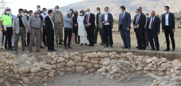 """Vali Demirtaş: """"Medeniyetler Beşiği Mardin'imiz Tarih Kokuyor"""""""