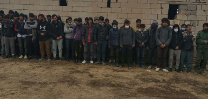 Van'da 164 düzensiz göçmen yakalandı